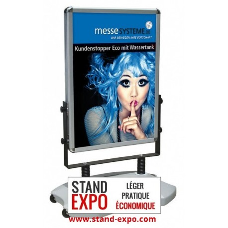 Outdoor advertising easel